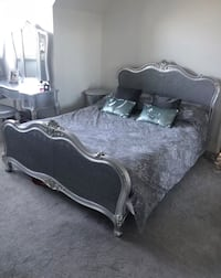 King size antique style bed silver