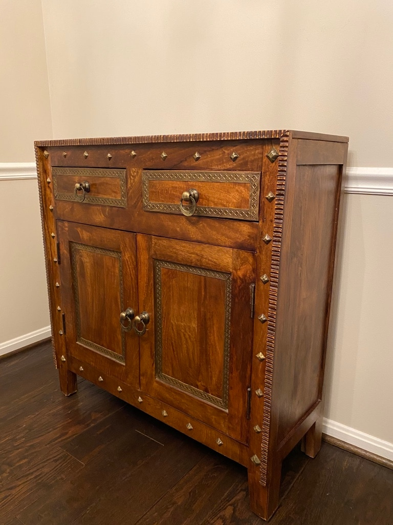 Photo Antique looking cabinet for sale - exellent condition