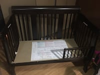 Baby crib, convertible to toddler bed Markham, L3T 1H2