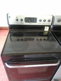 Frigidaire glass top. Electric stove Cleveland, 44102