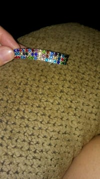 blue, pink, and green beaded bracelet 353 mi