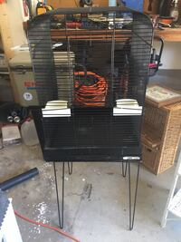 Large bird cage with stand  Huntsville, 35803