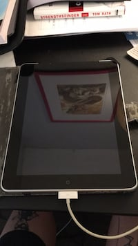 iPad 1st generation (16 gb) 3G compatible Los Angeles, 90017