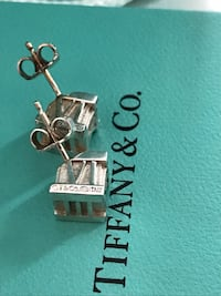 Tiffany Atlas earrings authentic  Essa, L0M