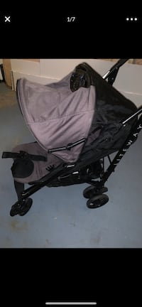 Baby's black and egplant color stroller Fairfax, 22030