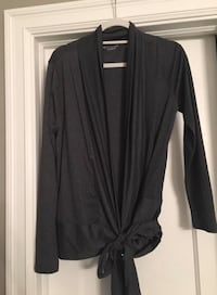 As new ~ beyond yoga wrap ~ charcoal grey ~ large Surrey, V4N 6A2