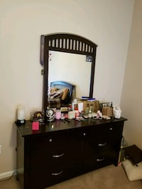 Dresser and chest with mirror Springfield