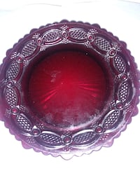 Red plate,glass.Xmas sale Victorville, 92395