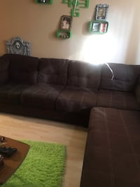 Sectional Sofa London, N6C 1B7