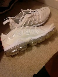 White Nike Vapormax plus Dundalk