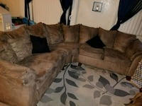 brown sectional couch Santa Cruz, 95062