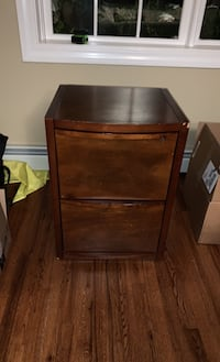 Two drawer letter file cabinet Munsey Park, 11030