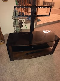 black TV stand with mount Rancho Cucamonga, 91730