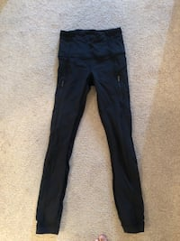 Lululemon size 2 tights - Like New Condition Barrie, L4M 6R5