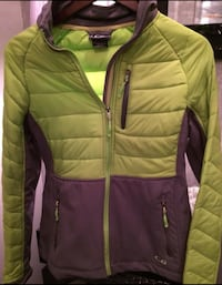 New condition outdoor jacket Mississauga, L5B 4N4