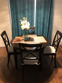 Dinning table for 4 Kitchener, N2A 0C5