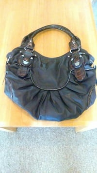 black leather shoulder bag Brantford, N3S 2C3