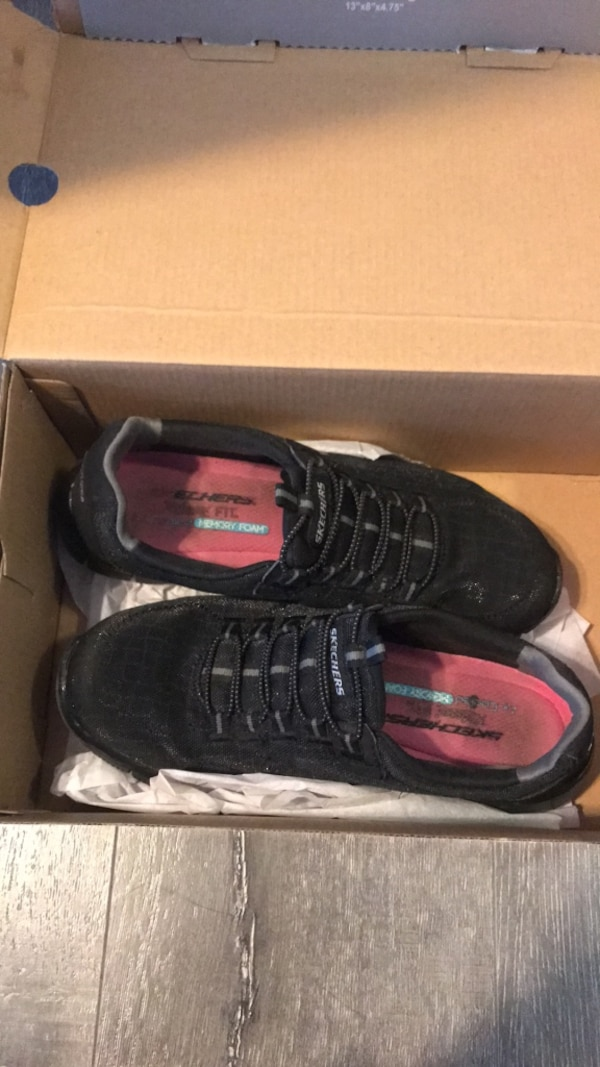 d4a72438769 Used Skechers shoes for sale in San Diego - letgo