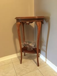 Antique Wooden Stand/Table Piece Vaughan, L6A 0G4