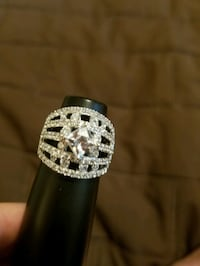 Fabulous Swarovski Crystal set in sterling silver right hand ring