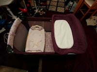 Craco playyard with diaper change and extra bassinet Richmond Hill, L4C