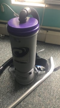 250$ White and purple plastic tumbler Alexandria, 22302