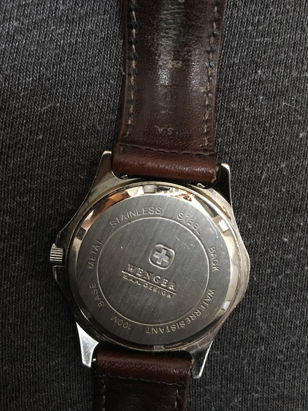 Swiss Army Watch  S.A.K Design Excellent Condition  2a8efe52-fc00-43a6-8f81-8b2d4dee273a