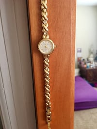 Gold color woman watch Spartanburg, 29302