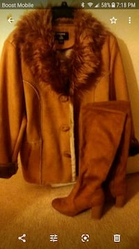 ladies suede coat size 14 and matching boots size 7 1/2 Pikesville, 21208
