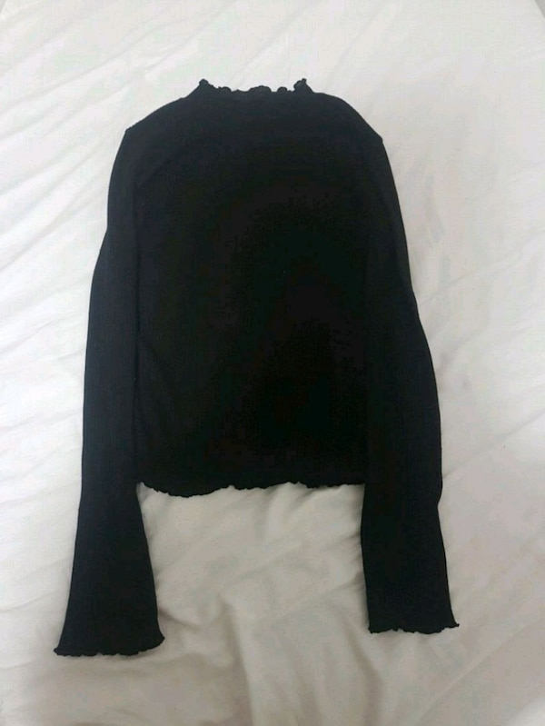 black ribbed lined mockneck from h&m size small