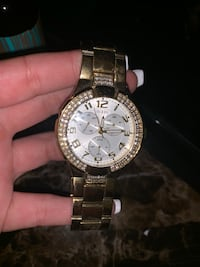 Guess gold watch San Diego, 92154