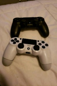 black and white Sony PS4 Dualshock 4 Langley, V2Y