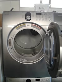 gray LG front-load clothes washer null