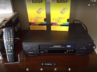 Samsung VCR with remote instruction book 2 New Tapes Brantford, N3R 0A1