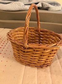 Wood basket Annandale, 22003
