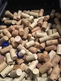 Used wine corks - 185 Pensacola, 32503