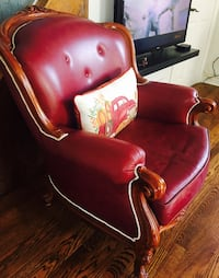 Antique Leather chair with carved wooden frame Mississauga, L5G 1S6