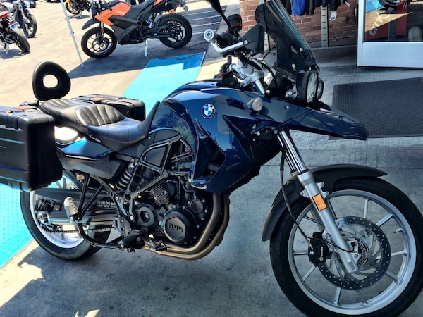 BMW F650GS (800 cc twin) - LOW 16k miles, Excellent condition with EXTRAS