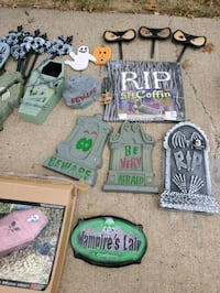 Halloween decorations  Sterling, 20147