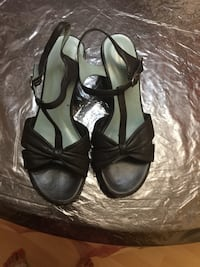 Rockport leather wedge sandals size 7 Burnaby, V5C 3T8