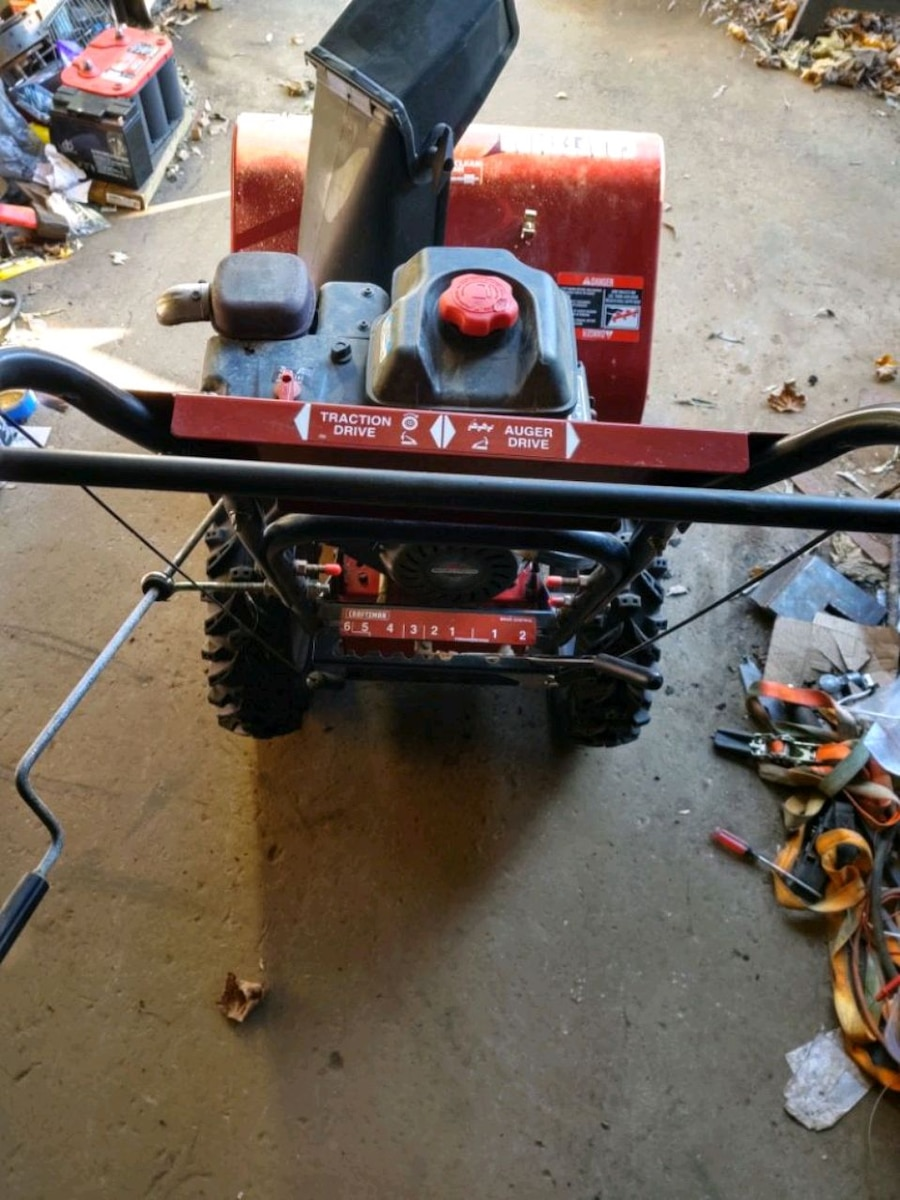 Photo Craftsman Snow Blower 8.5 HP