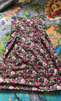 Dress with pads Vancouver, V5M 2B3