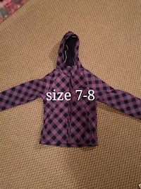 Girls spring jacket size 7/8 London, N5Z 4Z1