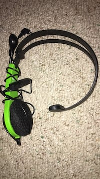 Black and green Xbox 360 headset Abington, 19001