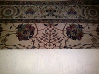 """Area RUG 5 x9 with matching runner 27"""" by 93"""""""