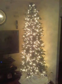 7 1/2 foot artificial tree with lights and bag North Las Vegas, 89032