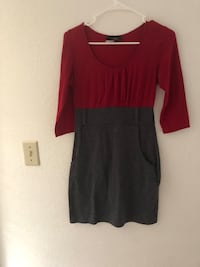 Red and gray dress ladies size small Tracy, 95376