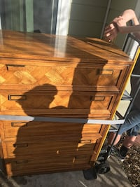 Brown wooden 4-drawer chest 75 obo