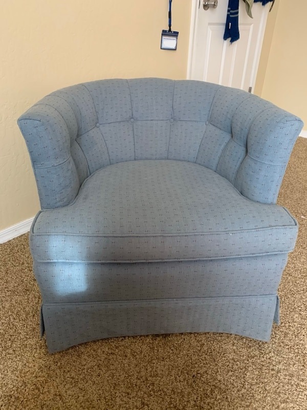 Accent Barrel Chair 1