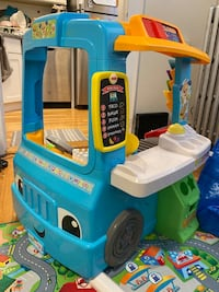 Fisher Price laugh & learn servin up food truck toys
